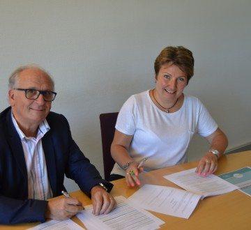 Signature d'Ingrid Osselin pour franchise VAKOM  à Soissons