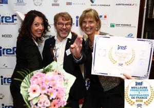 Remise des du trophée IREF meilleur franchisé et partenaire de France à Jean-Luc Le Gall Vakom à Quimper